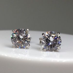 14k white gold diamond stud earrings 1.5 ct silver